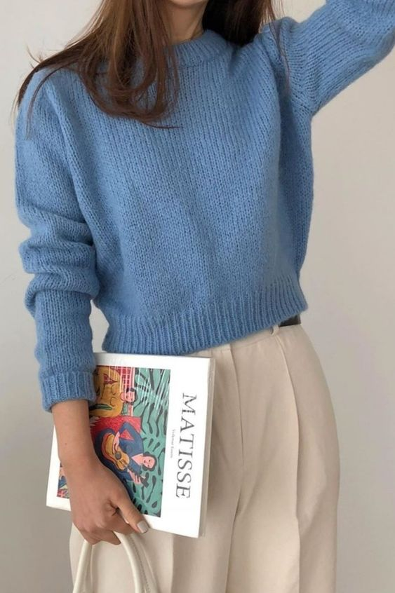Preppy outfits | Blue sweater bleated white pants brown hair | Girlfriend is Better