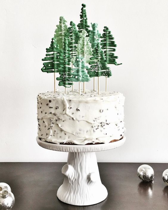 handmade Christmas   iced cake Hygge recipes   Girlfriend is Better