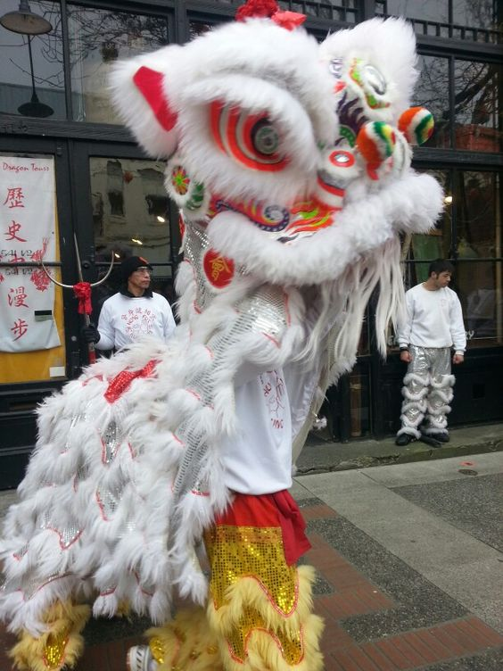 Victoria BC Chinatown   Dragon parade travel guide   Girlfriend is Better