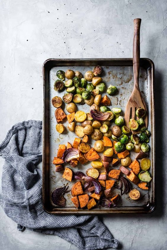 March's seasonal vegetables | Mexican roasted veggie bowl beer beans Brussels sprouts sweet potatoes cabbage recipe | Girlfriend is Better