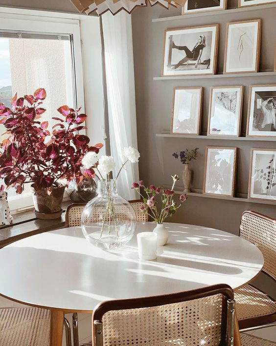 hygge tablescapes | caned chairs nook glass vase shadow sunlight sunny window plants | Girlfriend is Better
