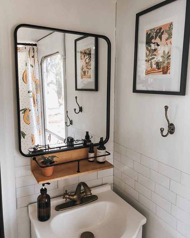mirror Feng Shui   bathroom sink shower curtain hook   Girlfriend is Better