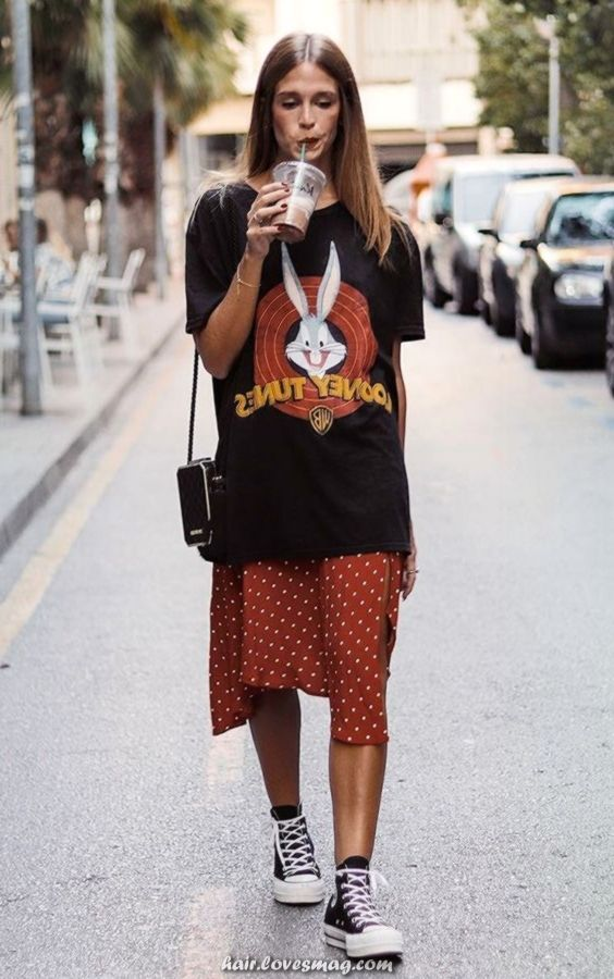 oversized graphic tees   vintage thrift store Bugs Bunny polka dot mid-length skirt Converse tennis shoes   Girlfriend is Better