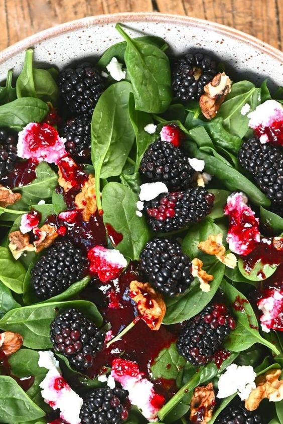 blackberry chèvre salad recipe | walnuts protein detox arugula | Girlfriend is Better