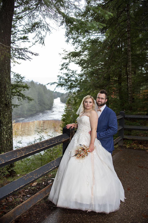 Tahquamenon Falls elopement in Paradise MI