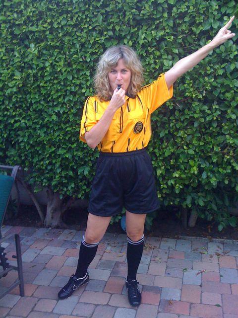Me referee