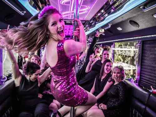 High-School-Prom-Limo-Bus