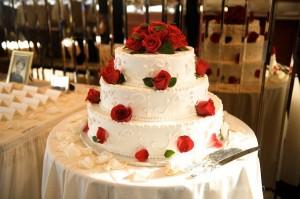 wedding cake on yacht wedding