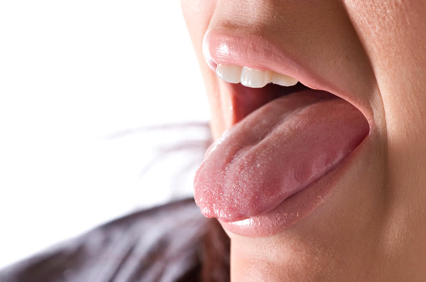 Saliva testing, open mouth