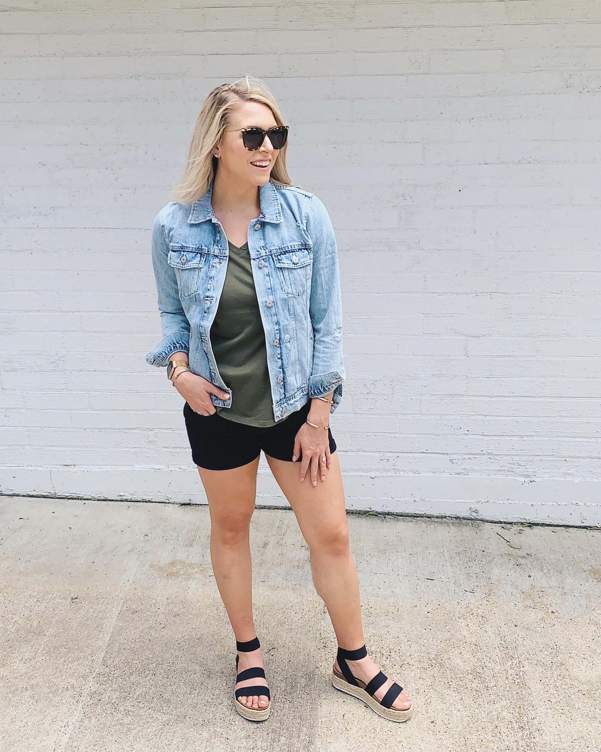 Mallory-Ming-Ennis-jean-jacket-style-summer-1