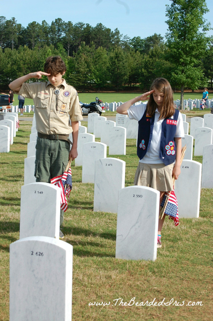 Scouts honoring fallen soldiers at GA National Cemetery 2013