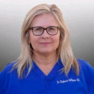 Dr. Stephanie DeNaeyer