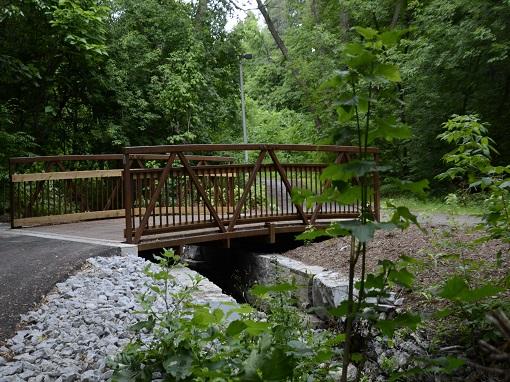 Heathrow Park Trail and Creek Restoration
