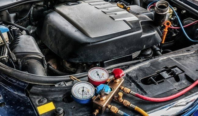 3 Tell-Tale Signs Your Car's AC Needs Repairs