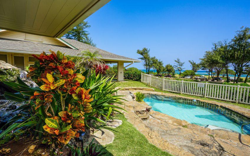 Moana Kai Beach House Sleeps 8. Gorgeous Pool
