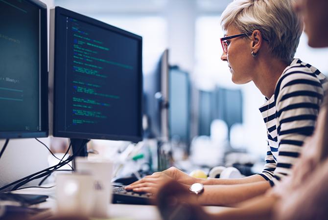 IT Woman Programing