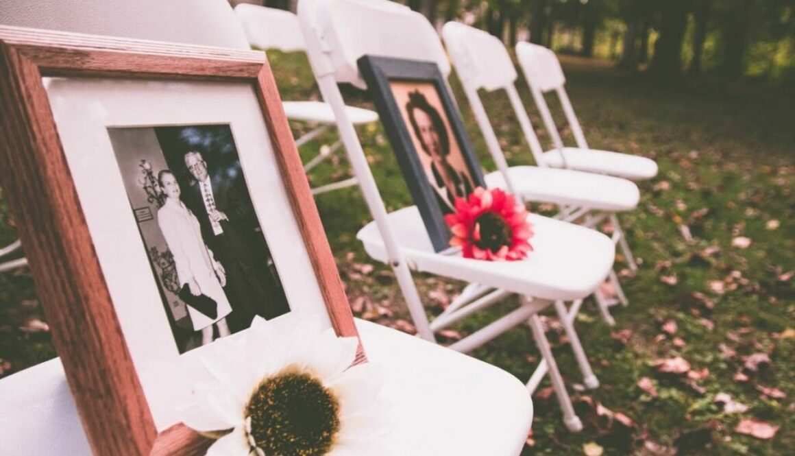 A cremation ceremony to commemorate a deceased loved one.