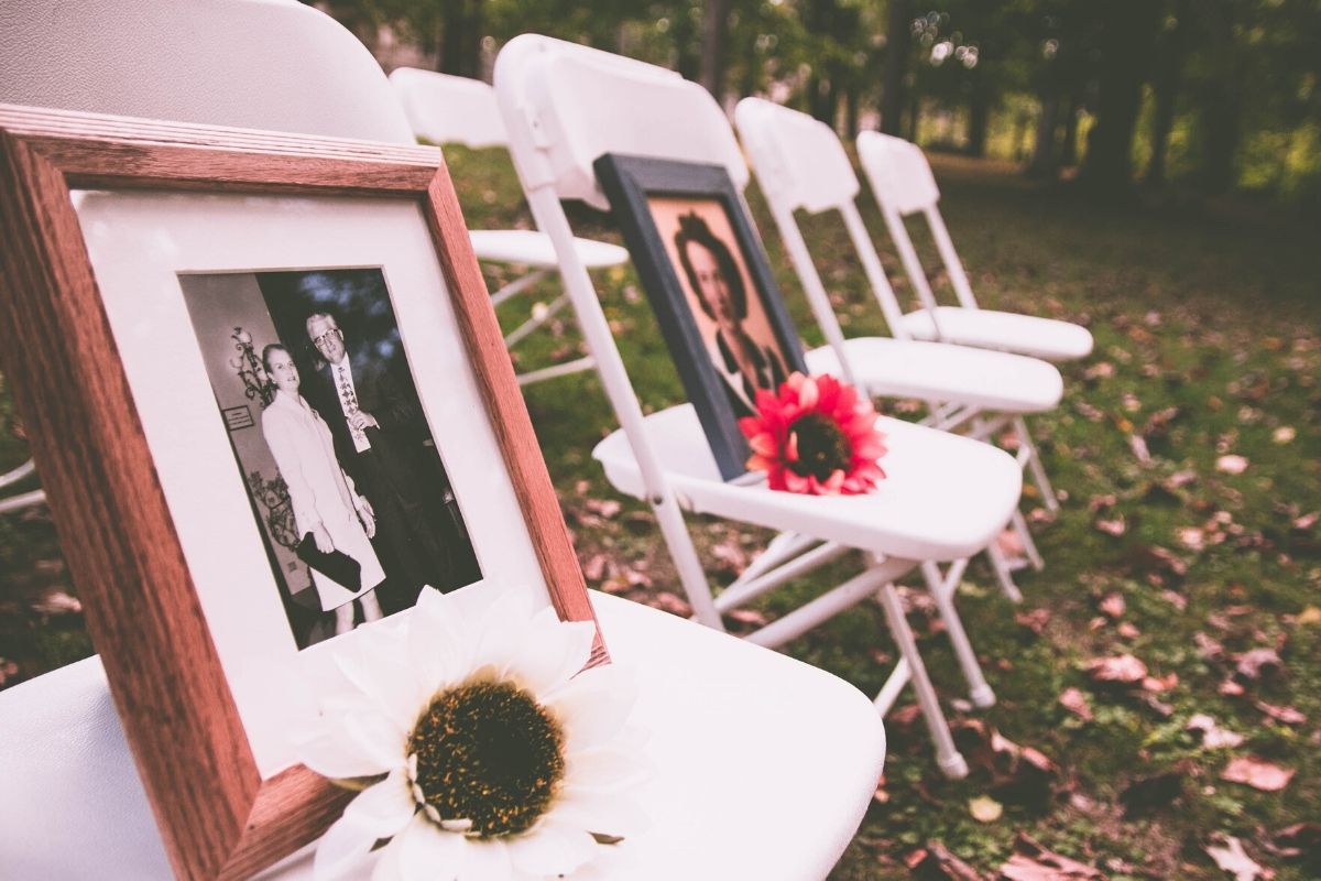 5 Cremation Ceremony Ideas for Your Loved Ones