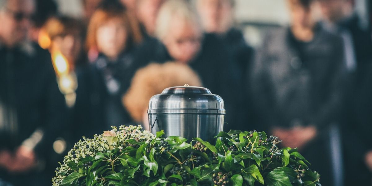 How to Have a Cheap But Meaningful Funeral