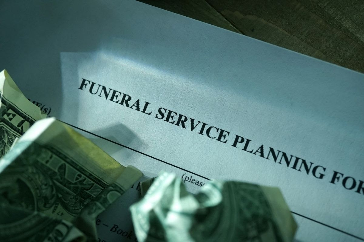 Funeral Planning 101: How To Plan A DIY Funeral