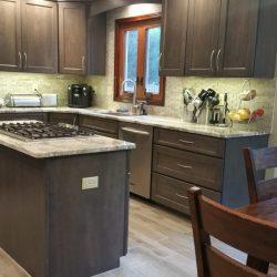 Dobrowolski-Transitional-Kitchen-04-682x1024