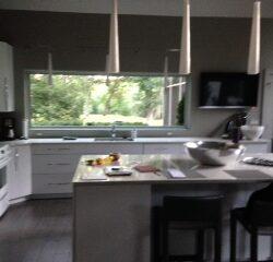 Reese-Modern-White-kitchen-152a0ec85e3eac