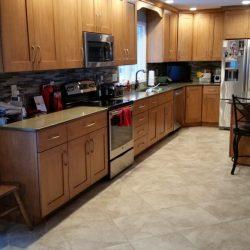 Van-Landuit-2014-Traditional-Kitchen-01-576x1024