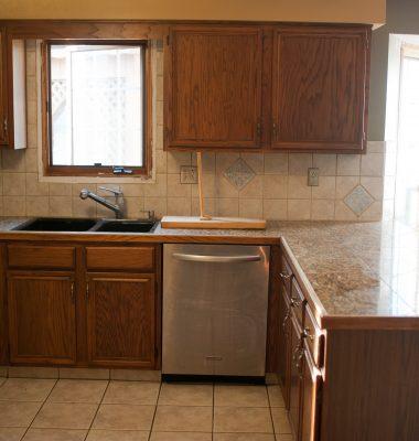 Leonhardt-Kitchen-Before-3293