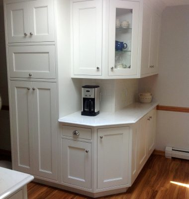 Murphy-Dave-Pat-Kitchen-Remodel-Painted-Cabinets-004