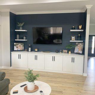 Banks Wesley Tara Family room After IMG_1615