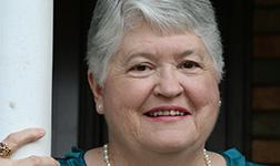 Kathy Cretsinger headshot
