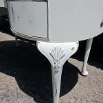 Detail on the desk legs