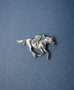 RACEHORSE AND JOCKEY LAPEL PIN