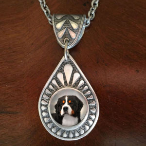 Bernese Teardrop Neck1