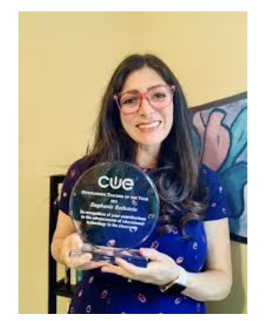 Stephanie Rothstein receiving CUE 2021 Award