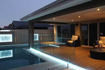 example of architectural lights around a swimming pool