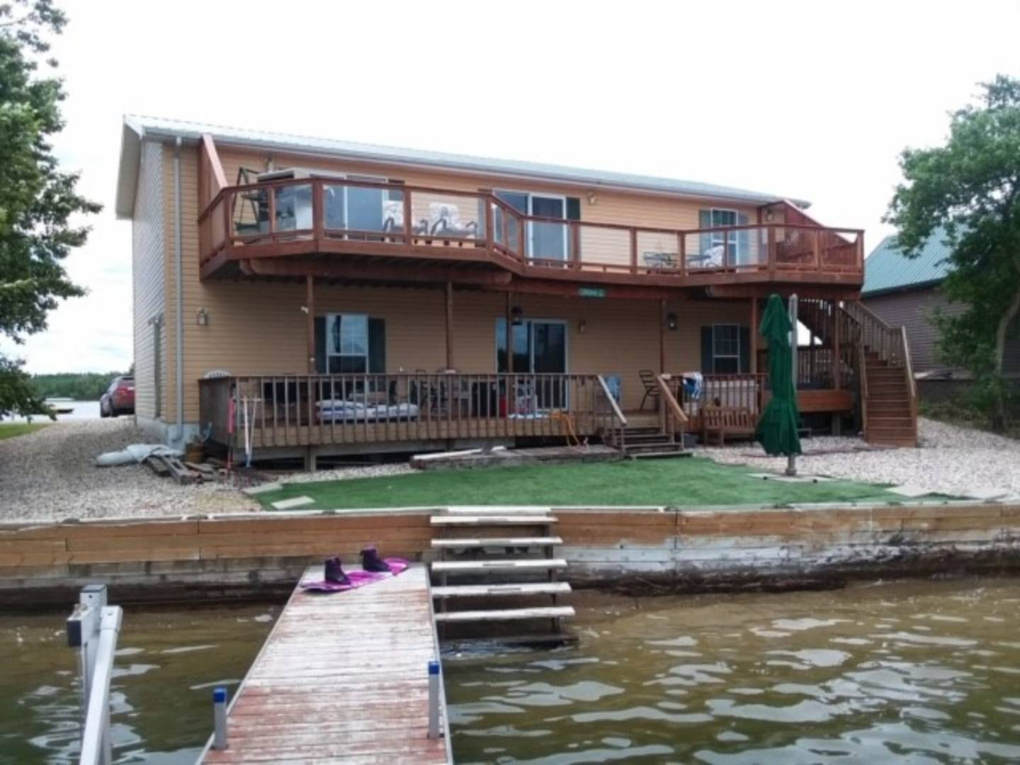 363 Rugby Point