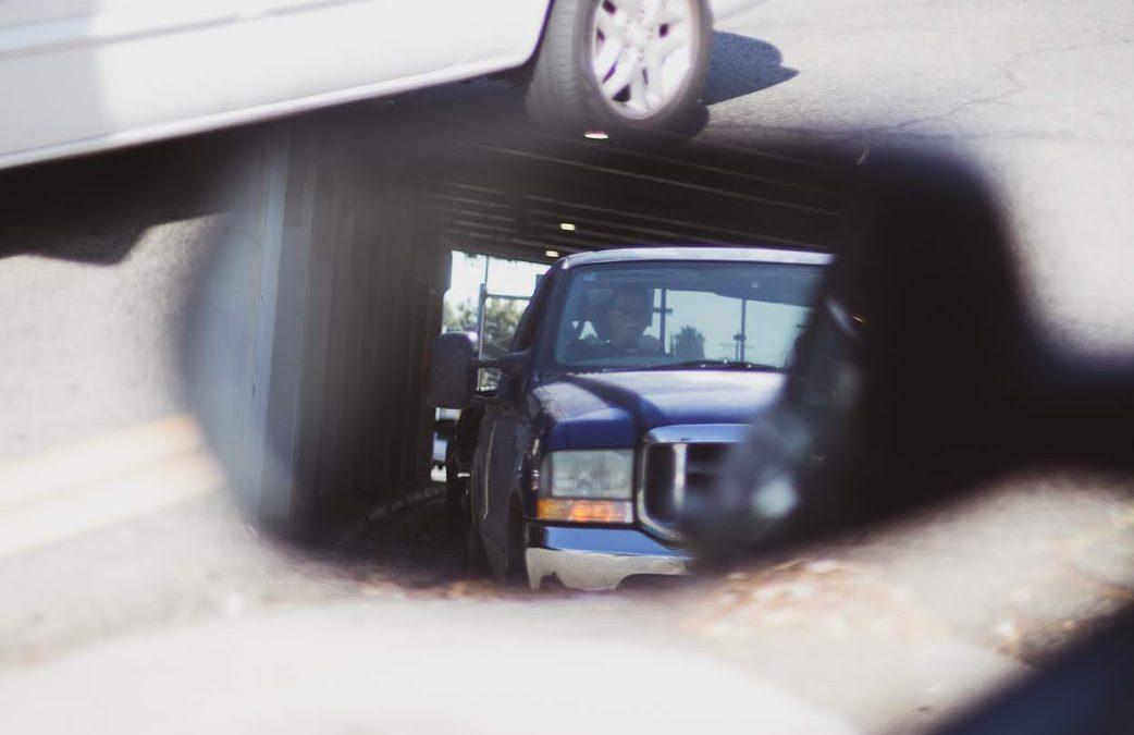 Boone County, IL – Injury Crash Involving Semi At US-20 & Pearl St.