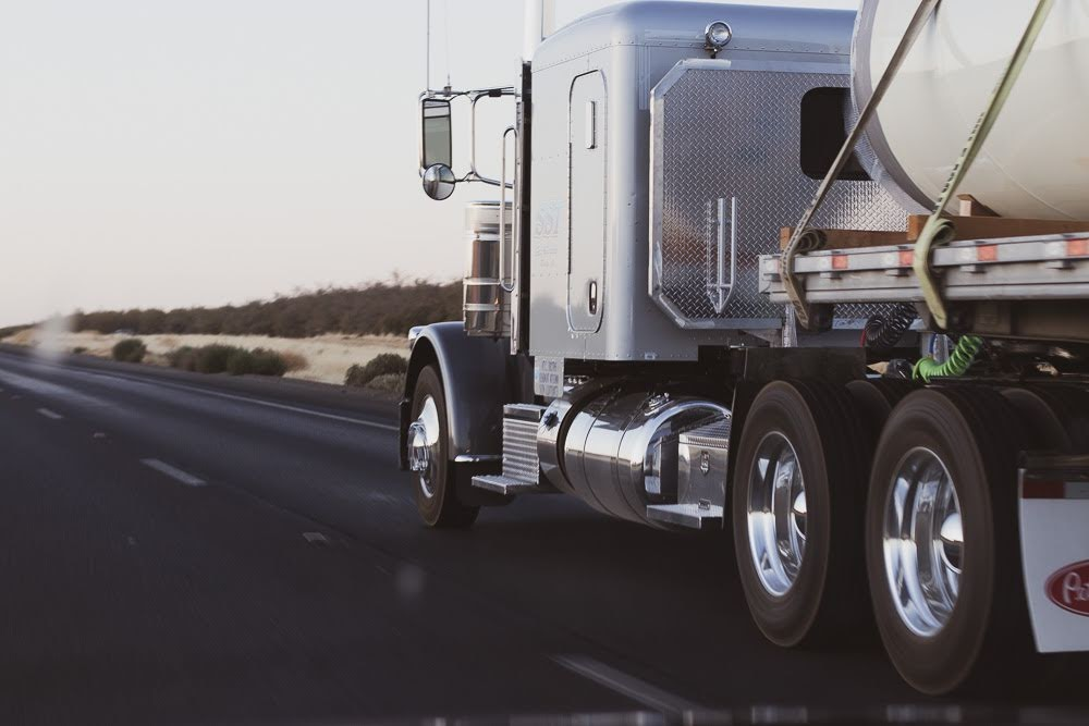 Rockford, IL –  Semi Accident Causes Injuries At Wheeler Dr & US 20