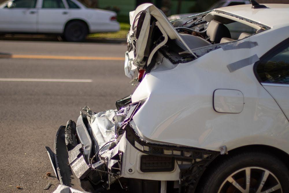 Rockford, IL - Crash W/ Injuries At Elmwood Rd & Owen Center Rd