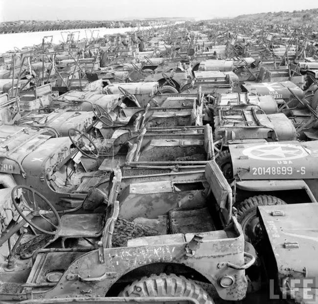 Jeep_graveyard_Okinawa-8