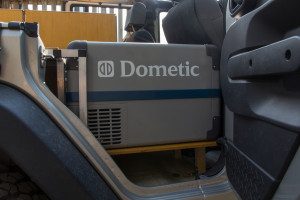Dometic 35L fridge mounted permanently in the Jeep