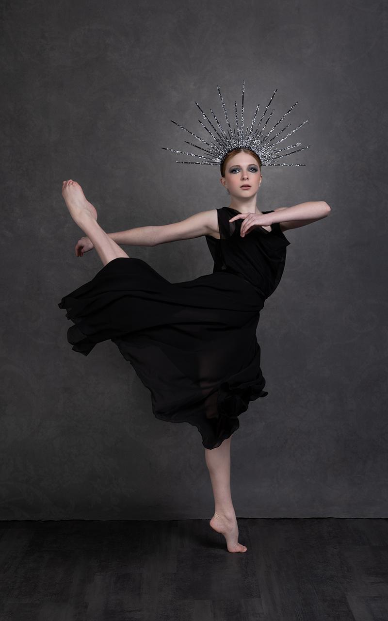 michell santelik dance model portrait
