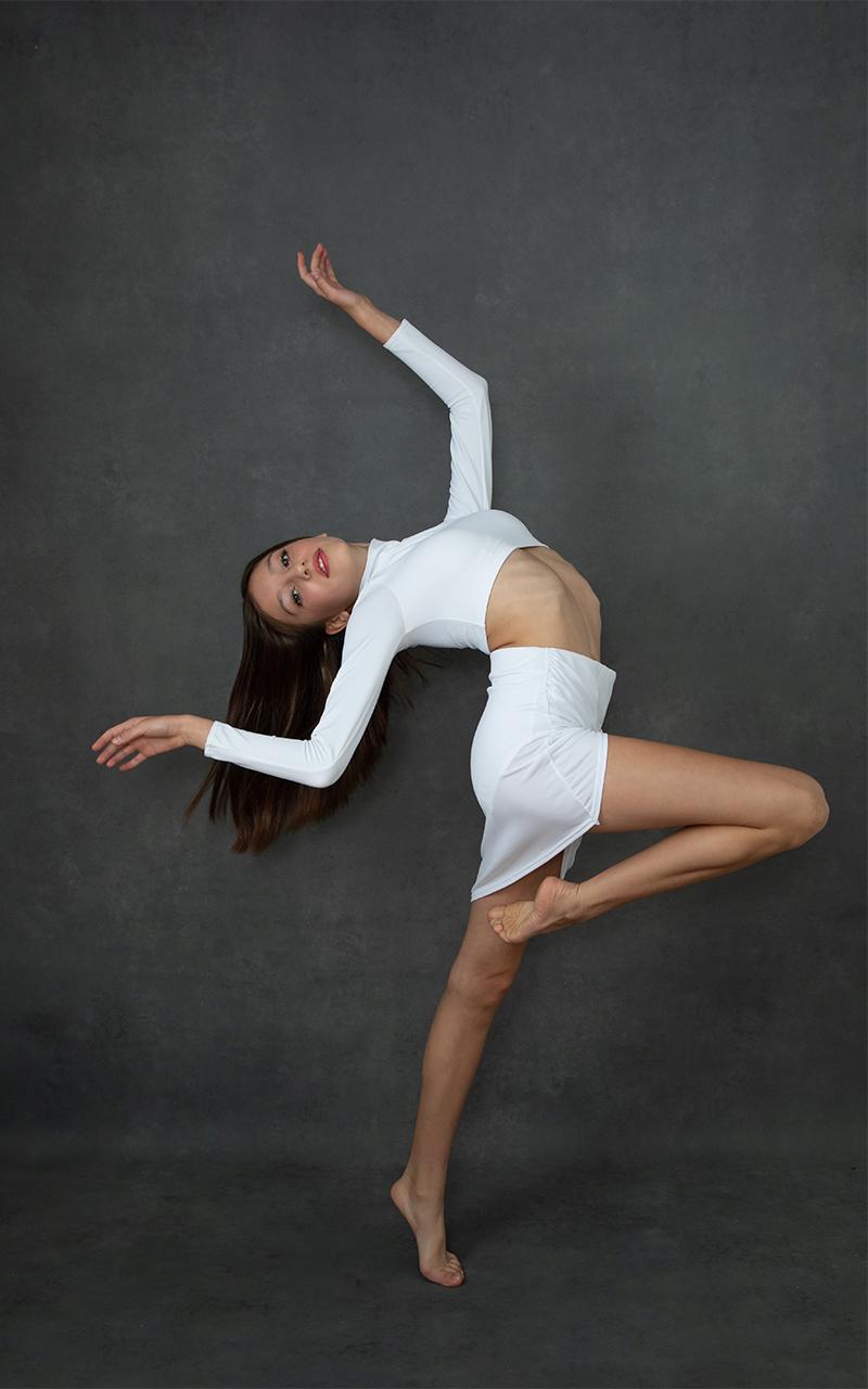 Michell Santelik Dance portrait