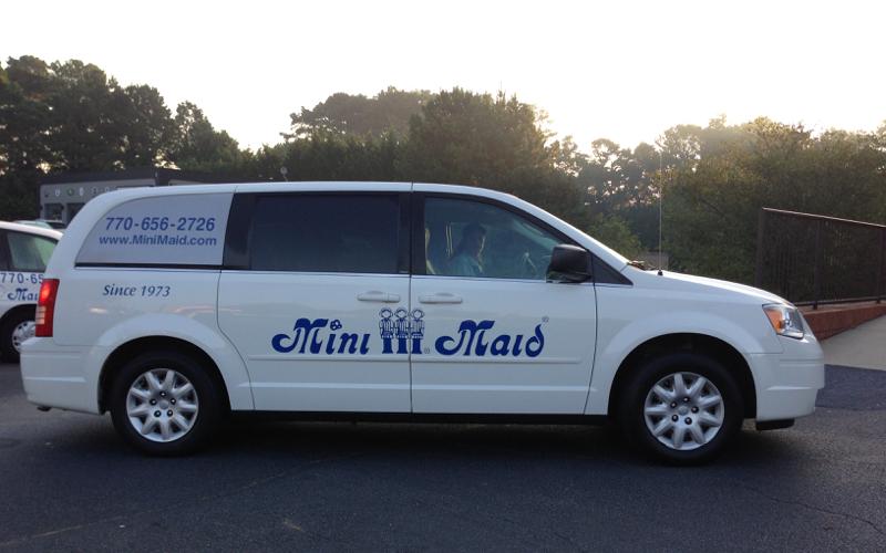 MiniMaid Van Cropped
