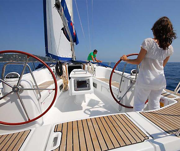 yacht-2