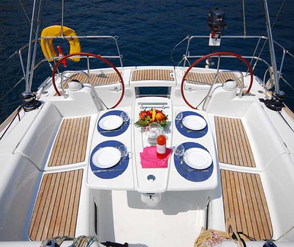 yacht-6