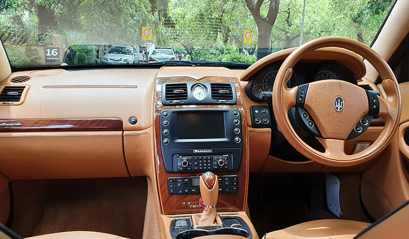 Maserati Quattroporte 4.2 V8 full