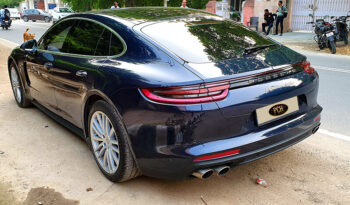 Porsche Panamera Turbo full