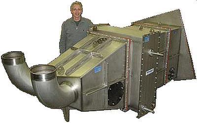 Liquid nitrogen cooled APU test champer heat exchanger